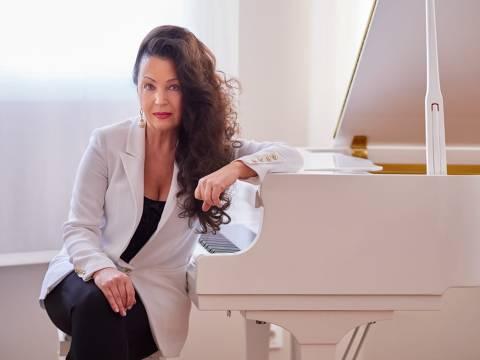 CICLE NITS DE PIANO AL TEATRE DE LLORET: ELENA LASKO - UCRAÏNA