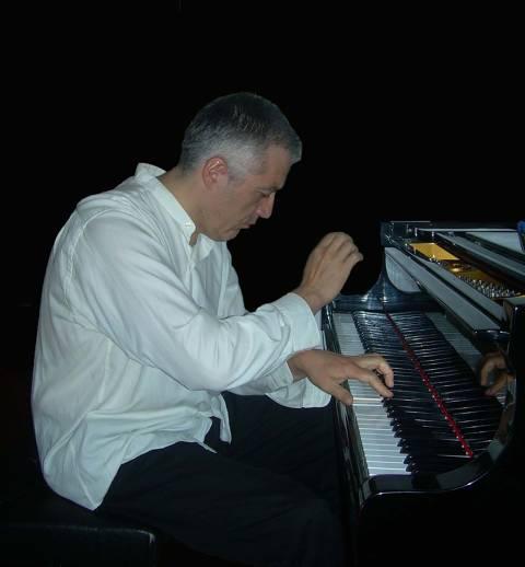 CICLE NITS DE PIANO AL TEATRE DE LLORET: RAFAEL VARGAS DE PRADO - ESPANYA